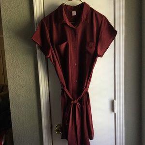 Cute midi dress.